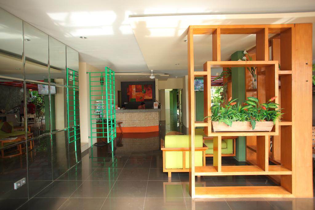 gallery9